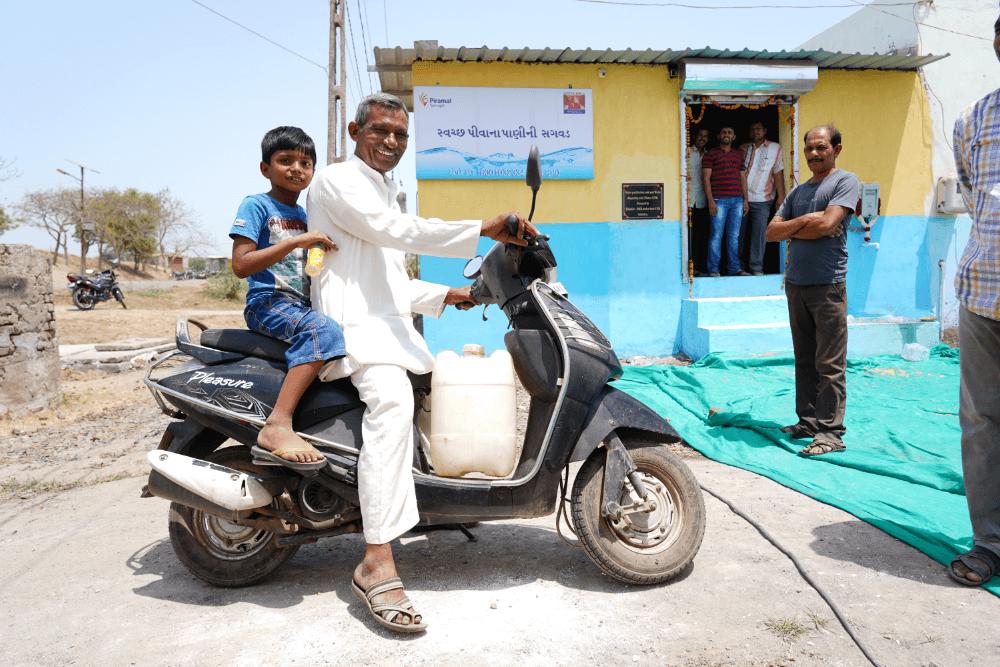 sarvajal-water-jug