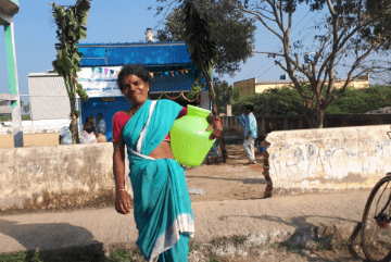 woman-facing-water-problem
