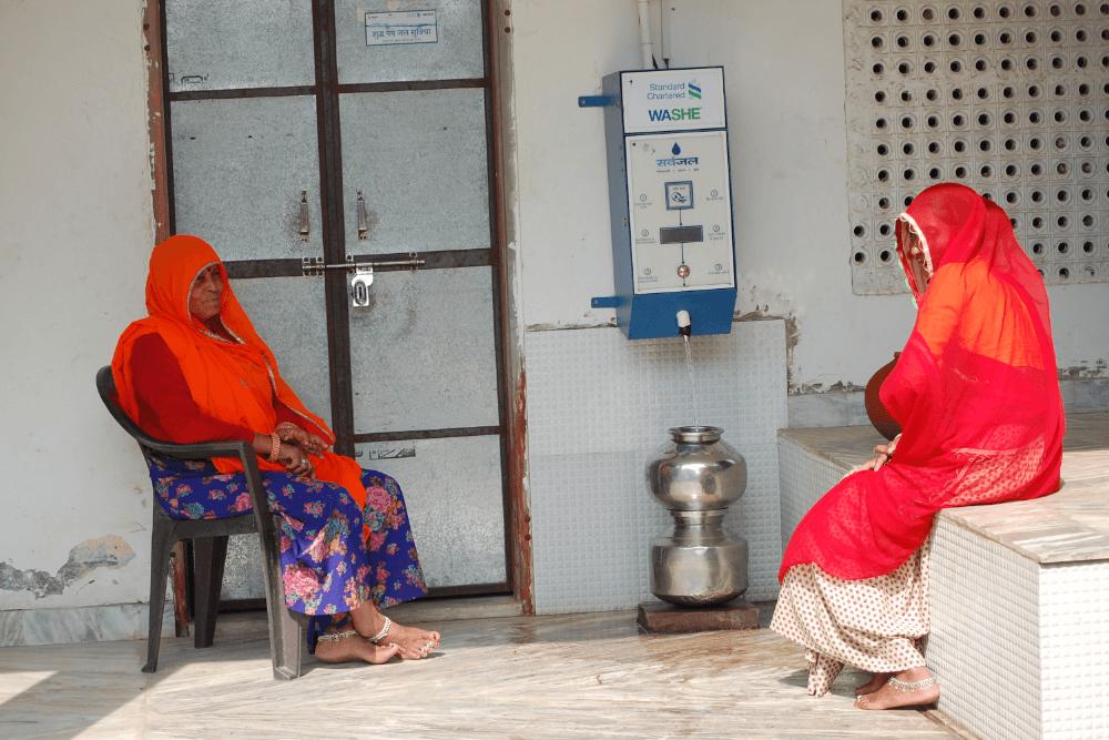 woman-filling-water